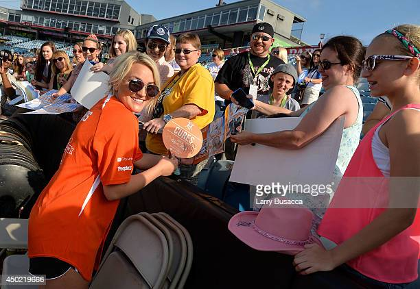Jamie Lynn Spears attends the City of Hope Celebrity Softball Game during the CMA Festival at Greer Stadium on June 7 2014 in Nashville Tennessee
