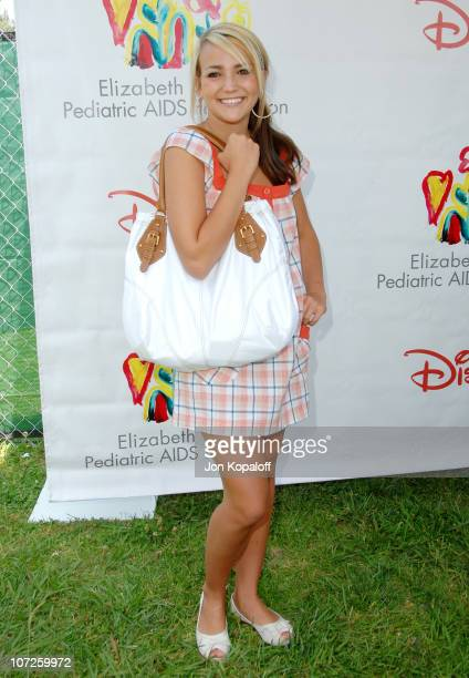 Jamie Lynn Spears during 'A Time For Heroes' Sponsored by Disney to Benefit the Elizabeth Glaser Pediatric AIDS Foundation Arrivals at Wadsworth...