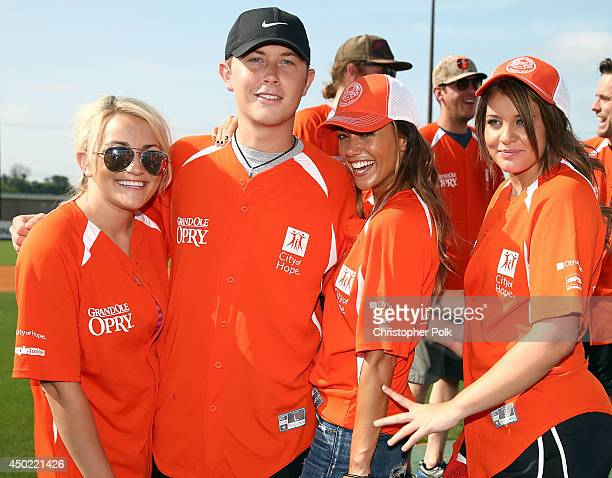 Jamie Lynn Spears Scotty McCreery Jana Kramer and Lauren Alaina attend the City of Hope Celebrity Softball Game during the CMA Festival at Greer...