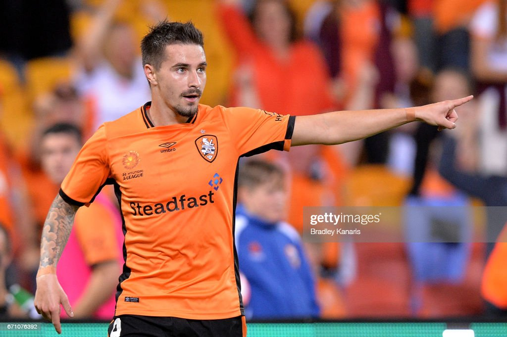 A-League Elimination Final - Brisbane v Western Sydney : News Photo
