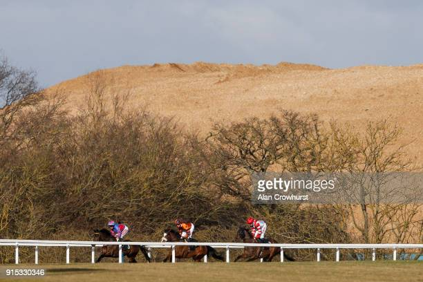 Jamie Moore riding Dragon Mall on their way to winning The toteplacepot Races 1 To 6 Novice Stakes at Chelmsford City racecourse on February 7 2018...
