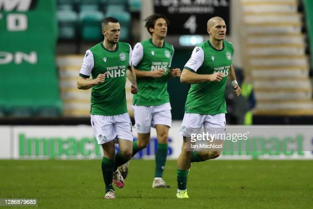 Jamie Murphy of Hibernian celebrates with after scoring his team's first goal during the Ladbrokes Scottish Premiership match between Hibernian and...