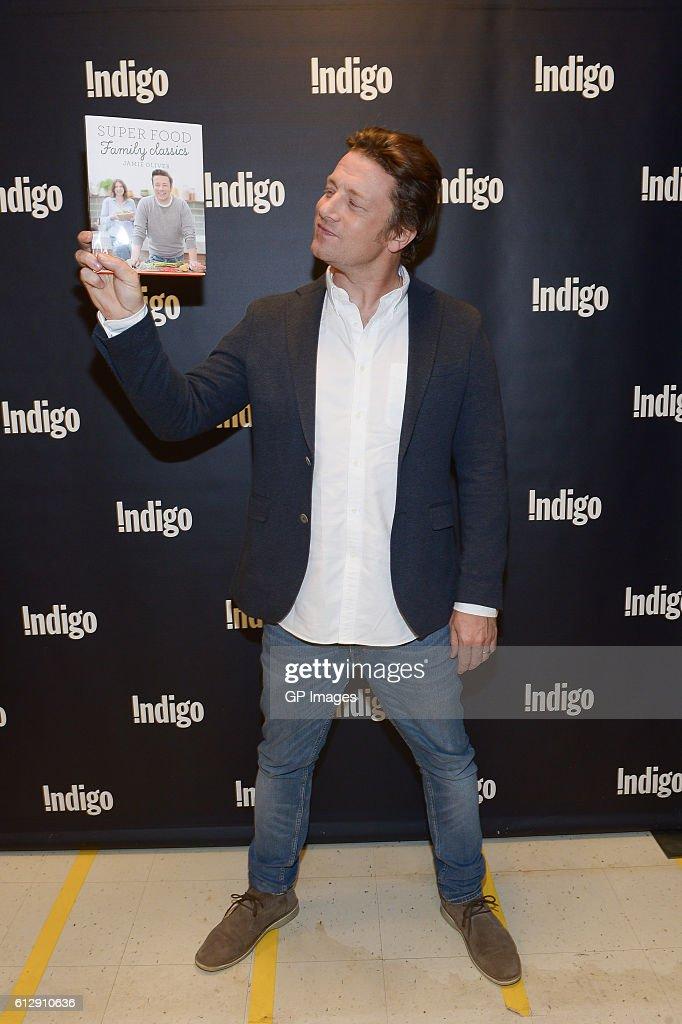 Jamie Oliver Arrives to Meet w...