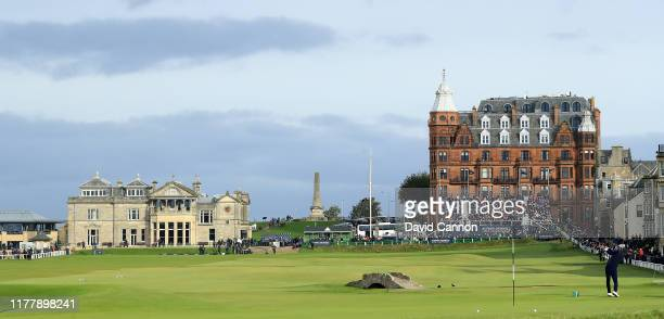 Jamie Redknapp of England plays his tee shot on the 18th hole during the final round of the Alfred Dunhill Links Championship on the Old Course at St...