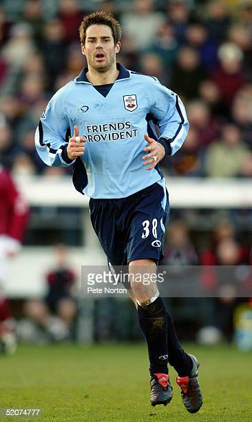 Jamie Redknapp of Southampton in action during the FA Cup third round match between Northampton Town and Southampton held at Sixfields Stadium...