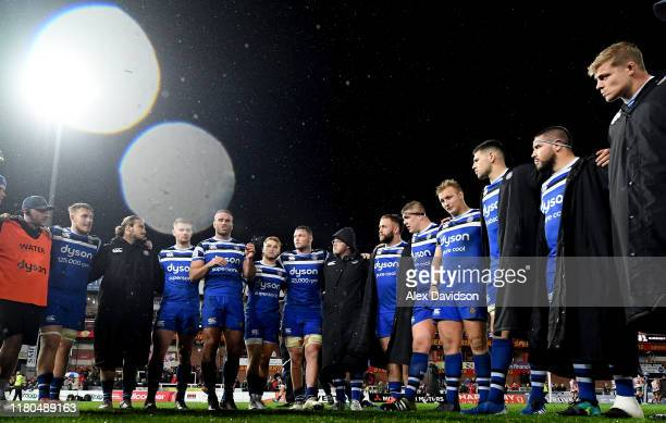 Jamie Roberts of Bath Rugby talks in the post match huddle during the Premiership Rugby Cup Fourth Round match between Gloucester Rugby and Bath...
