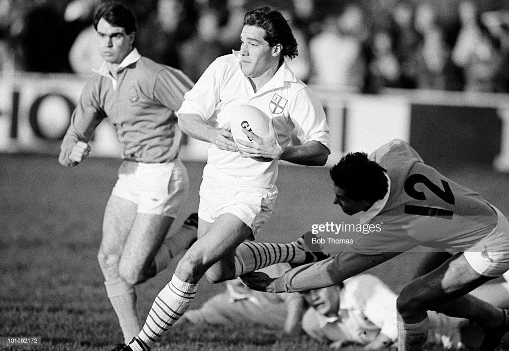 Jamie Salmon of London Division (centre) in action against Midlands Division during the Thorn EMI Rugby Union Division Championship held at Repton Road, Sudbury on 6th December 1986. London beat Midlands 13-9. (Bob Thomas/Getty Images).