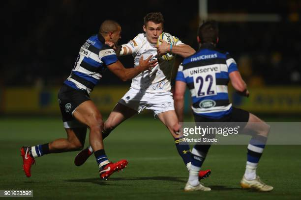 Jamie Shillcock of Worcester is tackled by Jonathan Joseph of Bath during the Aviva Premiership match between Worcester Warriors and Bath Rugby at...