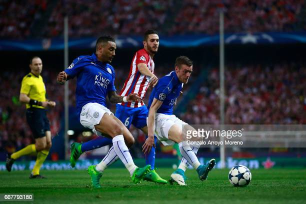 Jamie Vardy and Danny Simpson of Leicester City FC run for the ball ahead Koke of Atletico de Madrid during the UEFA Champions League Quarter Final...