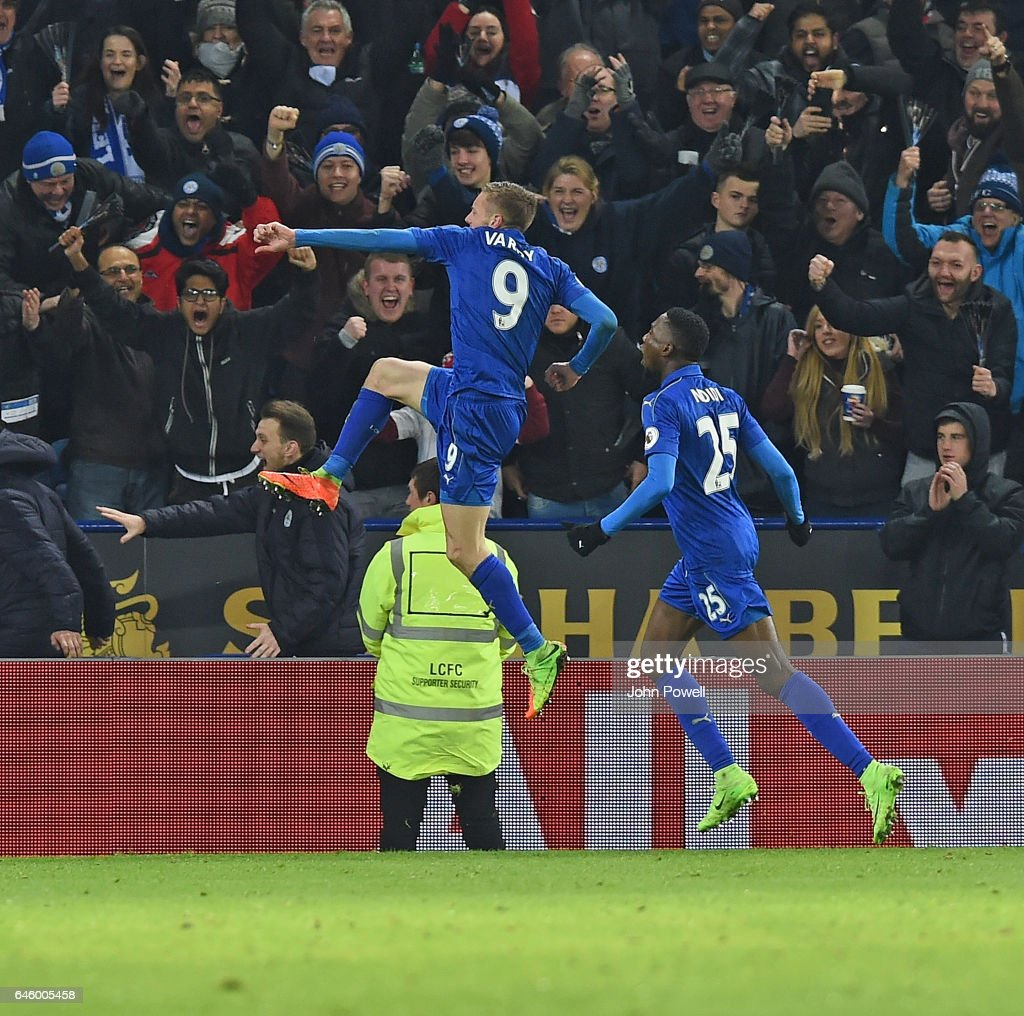 Jamie Vardy Celebrates the third goal of Liverpool during the Premier League match between Leicester City and Liverpool at The King Power Stadium on February 27, 2017 in Leicester, England.