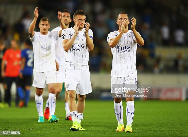 Jamie Vardy Daniel Drinkwater of Leicester City and teammates applaud fans after the UEFA Champions League match between Club Brugge KV and Leicester...
