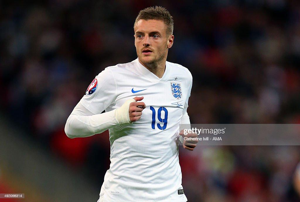 England v Estonia - UEFA EURO 2016 Qualifier : News Photo