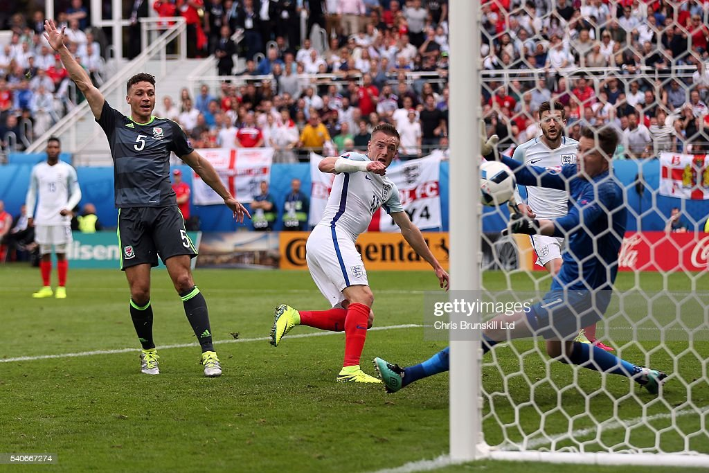 England v Wales - Group B: UEFA Euro 2016 : News Photo