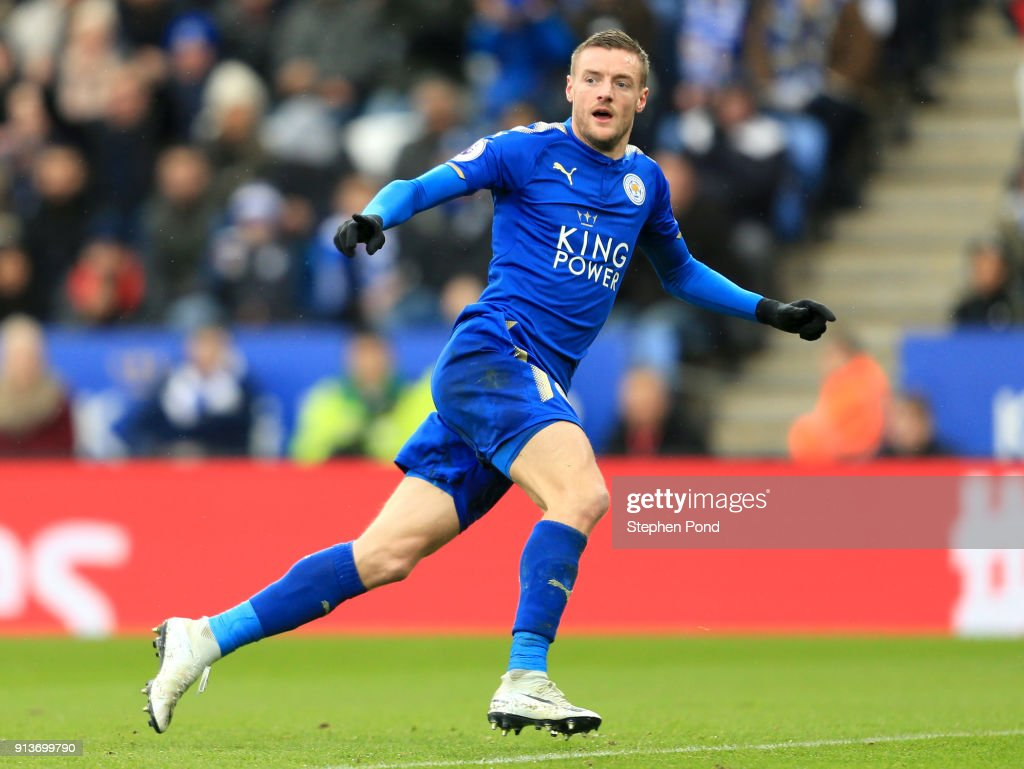 Jamie Vardy of Leicester City celebrates after scoring his sides first goal during the Premier League match between Leicester City and Swansea City at The King Power Stadium on February 3, 2018 in Leicester, England.