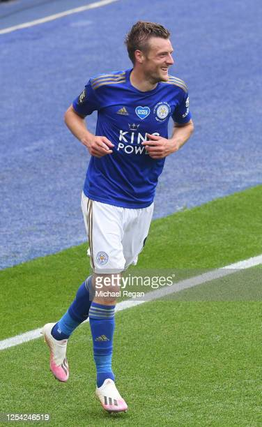Jamie Vardy of Leicester City celebrates after scoring his team's third goal during the Premier League match between Leicester City and Crystal...