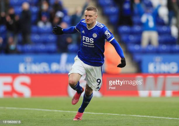 Jamie Vardy of Leicester City celebrates after scoring his team's second goal during the Premier League match between Leicester City and Tottenham...