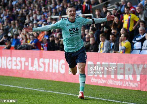Jamie Vardy of Leicester City celebrates after scoring their side's second goal during the Premier League match between Crystal Palace and Leicester...