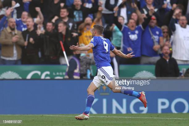 Jamie Vardy of Leicester City celebrates after scoring their side's third goal during the Premier League match between Leicester City and Manchester...