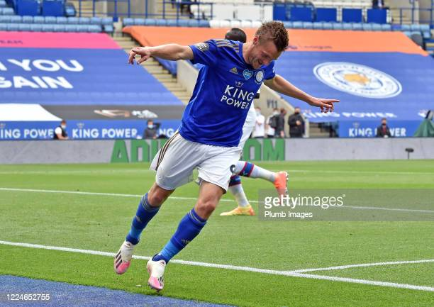 Jamie Vardy of Leicester City celebrates after scoring to put Leicester 3-0 ahead during the Premier League match between Leicester City and Crystal...