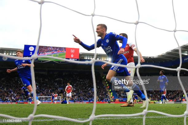 Jamie Vardy of Leicester City celebrates as he scores his team's third goal during the Premier League match between Leicester City and Arsenal FC at...
