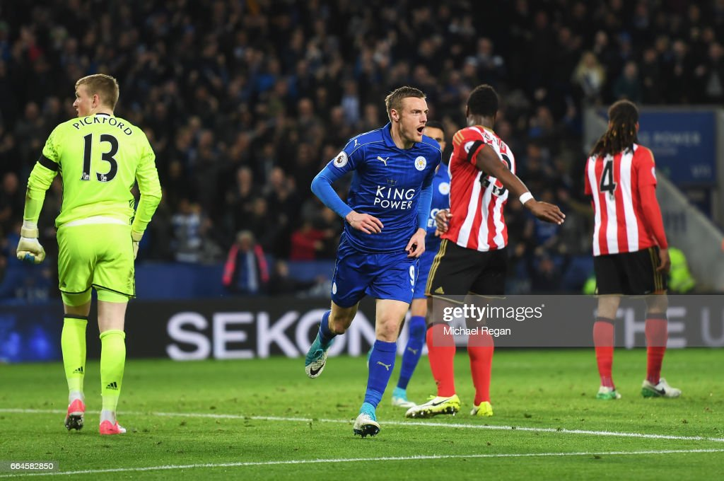 Jamie Vardy of Leicester City celebrates scoring his sides second goal during the Premier League match between Leicester City and Sunderland at The King Power Stadium on April 4, 2017 in Leicester, England.