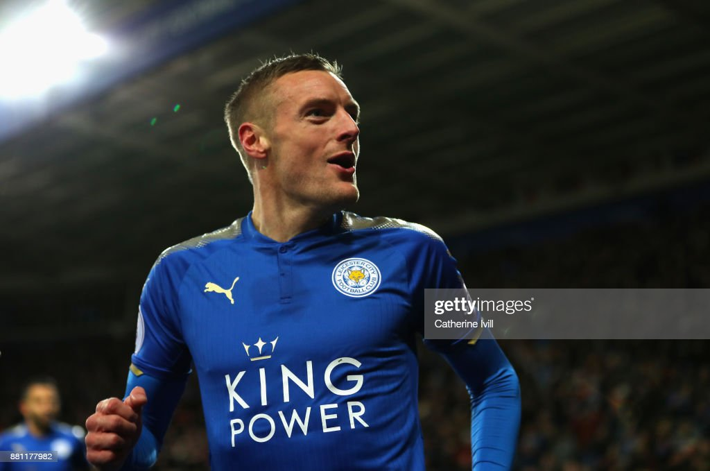 Jamie Vardy of Leicester City celebrates scoring the 1st goal during the Premier League match between Leicester City and Tottenham Hotspur at The King Power Stadium on November 28, 2017 in Leicester, England.