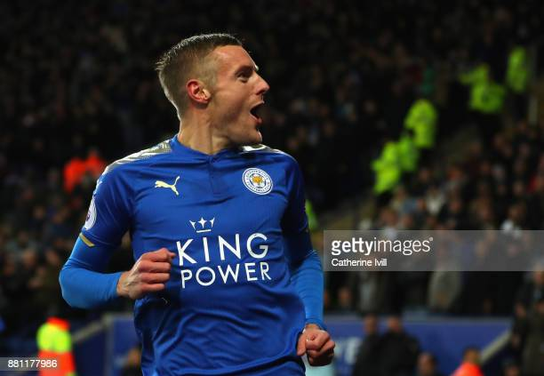 Jamie Vardy of Leicester City celebrates scoring the 1st goal during the Premier League match between Leicester City and Tottenham Hotspur at The...