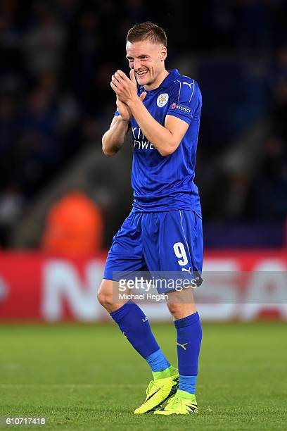 Jamie Vardy of Leicester City celebrates victory after the UEFA Champions League Group G match between Leicester City FC and FC Porto at The King...