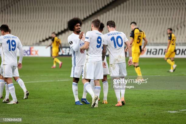 Jamie Vardy of Leicester City celebrates with Hamza Choudhury of Leicester City after scoring from the penalty spot to make it 01 during the UEFA...