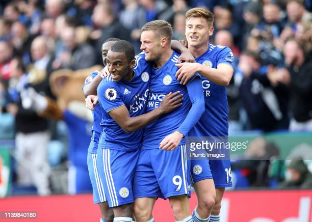 Jamie Vardy of Leicester City celebrates with his team mates after scoring to make it 30 during the Premier League match between Leicester City and...