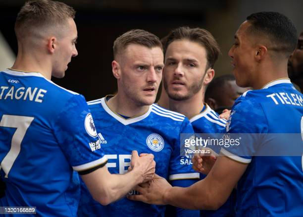 Jamie Vardy of Leicester City celebrates with team mates Timothy Castagne, James Maddison and Youri Tielemans after scoring their second goal during...