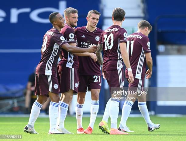 Jamie Vardy of Leicester City celebrates with Youri Tielemans, Timoty Castagne, James Maddison and Marc Albrighton of Leicester City after scoring...