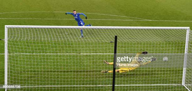 Jamie Vardy of Leicester City hits the post during the penalty shoot out after extra time of the Carabao Cup QuarterFinal match between Leicester...