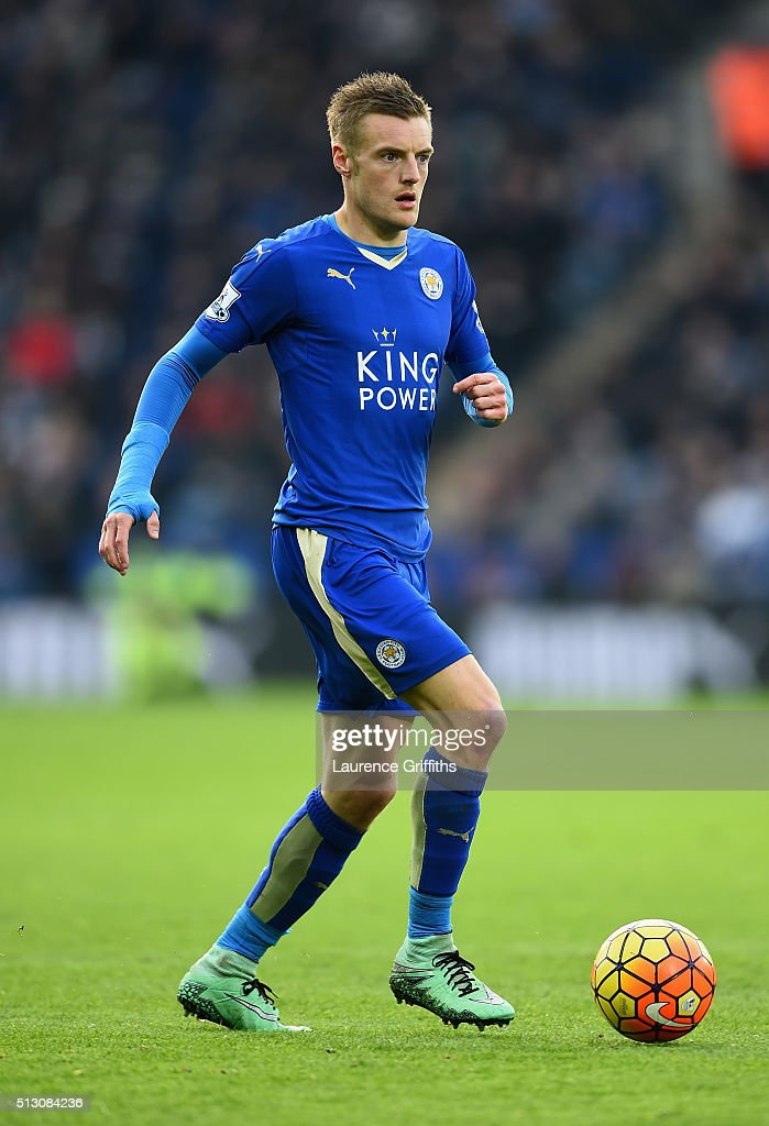 Jamie Vardy of Leicester City in action during the Barclays Premier League match between Leicester City and Norwich City at The King Power Stadium on February 27, 2016 in Leicester, England.
