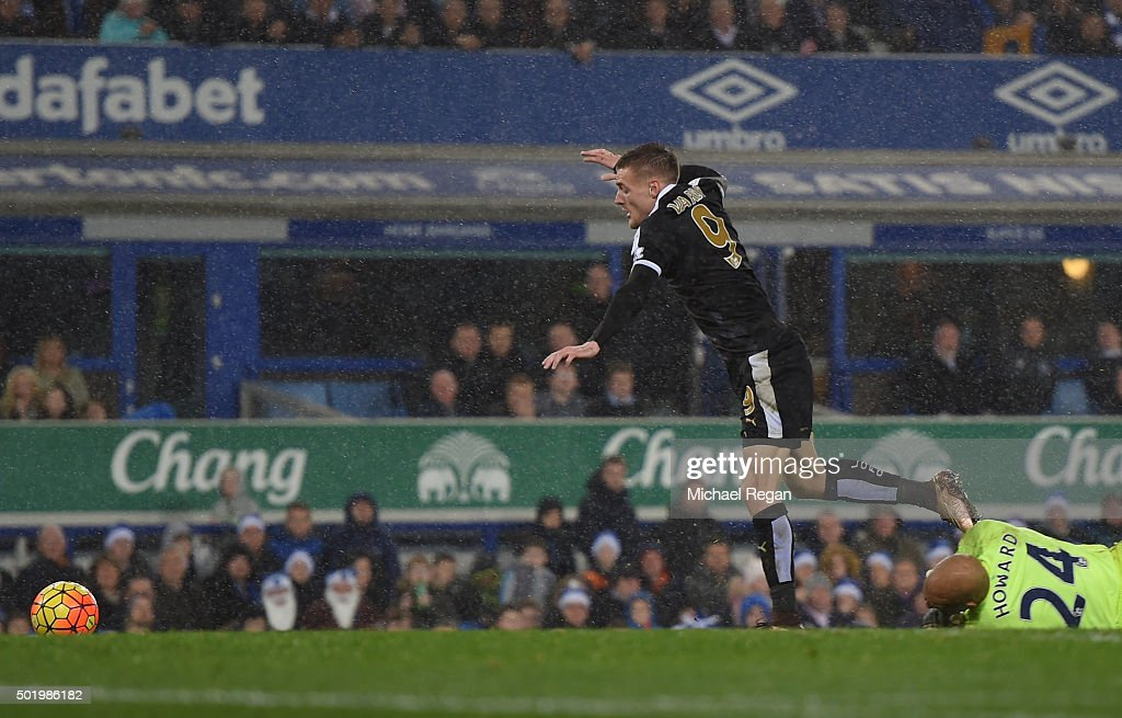 Jamie Vardy of Leicester City is fouled by Tim Howard of Everton in the penalty area resulting in a penalty during the Barclays Premier League match between Everton and Leicester City at Goodison Park on December 19, 2015 in Liverpool, England.