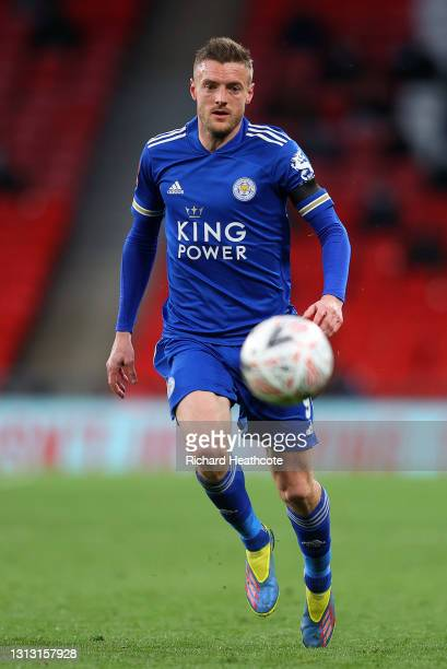 Jamie Vardy of Leicester City runs with the ball during the Semi Final of the Emirates FA Cup between Leicester City and Southampton FC at Wembley...