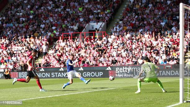 Jamie Vardy of Leicester City scores his sides first goal during the Premier League match between Sheffield United and Leicester City at Bramall Lane...