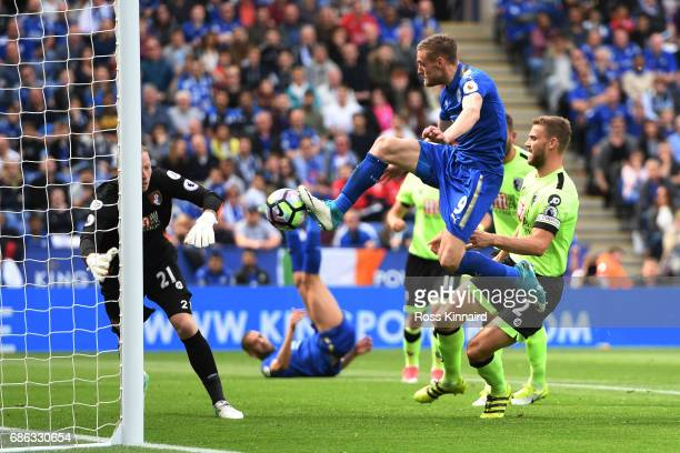 Jamie Vardy of Leicester City scores his sides first goal during the Premier League match between Leicester City and AFC Bournemouth at The King...
