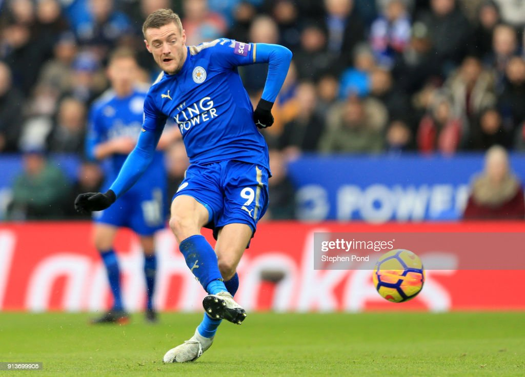 Jamie Vardy of Leicester City scores his sides first goal during the Premier League match between Leicester City and Swansea City at The King Power Stadium on February 3, 2018 in Leicester, England.