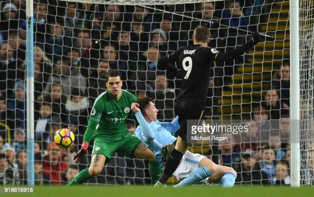 Jamie Vardy of Leicester City scores his sides first goal during the Premier League match between Manchester City and Leicester City at Etihad...