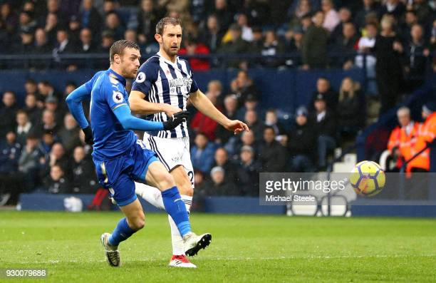 Jamie Vardy of Leicester City scores his side's first goal during the Premier League match between West Bromwich Albion and Leicester City at The...