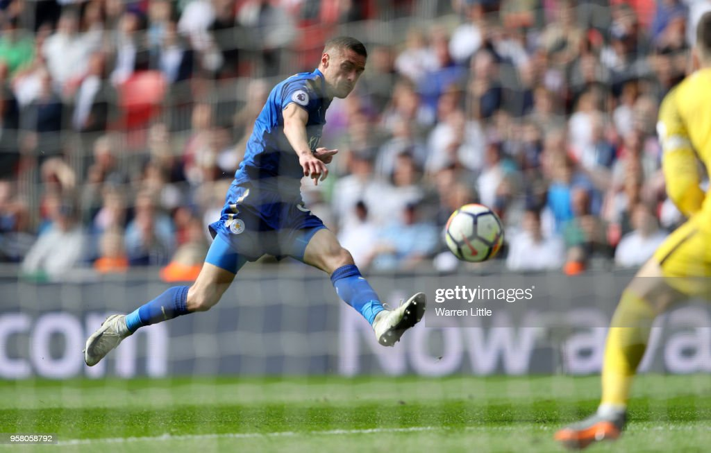Jamie Vardy of Leicester City scores his sides fourth goal during the Premier League match between Tottenham Hotspur and Leicester City at Wembley Stadium on May 13, 2018 in London, England.