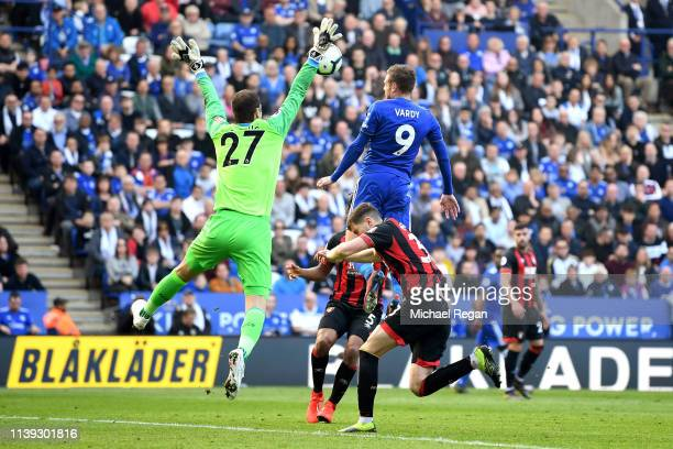 Jamie Vardy of Leicester City scores his team's second goal during the Premier League match between Leicester City and AFC Bournemouth at The King...