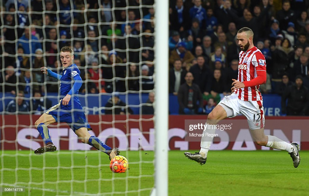 Jamie Vardy of Leicester City scores his team's second goal during the Barclays Premier League match between Leicester City and Stoke City at The King Power Stadium on January 23, 2016 in Leicester, England.