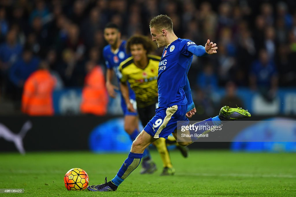 Jamie Vardy of Leicester City scores his team's second goal from the penalty spot during the Barclays Premier League match between Leicester City and Watford at The King Power Stadium on November 7, 2015 in Leicester, England.
