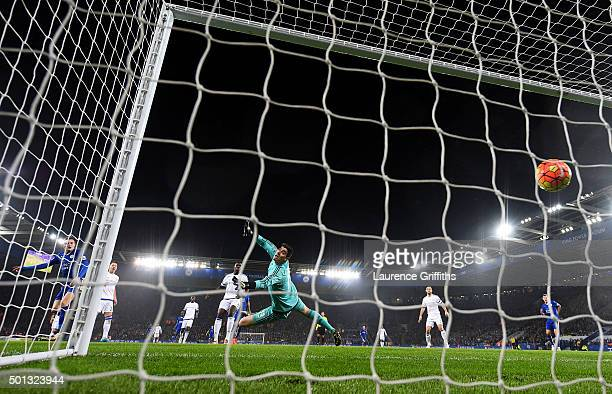 Jamie Vardy of Leicester City scores the opening goal during the Barclays Premier League match between Leicester City and Chelsea at the King Power...