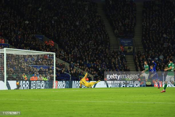 Jamie Vardy of Leicester City scores their 2nd goal during the Premier League match between Leicester City and Brighton Hove Albion at The King Power...