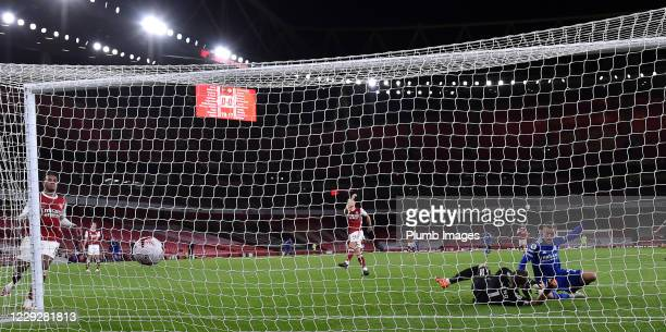 Jamie Vardy of Leicester City scores to make it 10 during the Premier League match between Arsenal and Leicester City at Emirates Stadium on October...