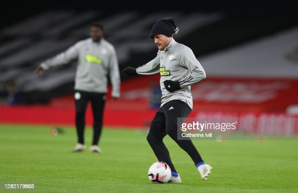 Jamie Vardy of Leicester City warms up ahead of the Premier League match between Arsenal and Leicester City at Emirates Stadium on October 25 2020 in...