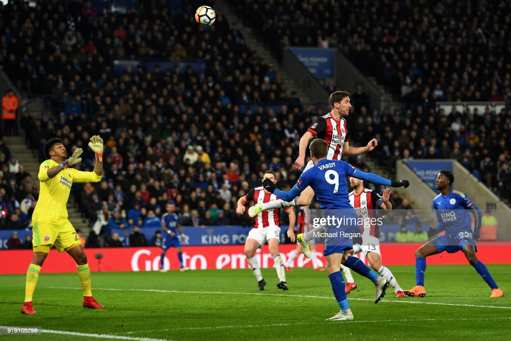 Jamie Vardy of Leicester scores his sides first goal during The Emirates FA Cup Fifth Round match between Leicester City and Sheffield United at The King Power Stadium on February 16, 2018 in Leicester, England.
